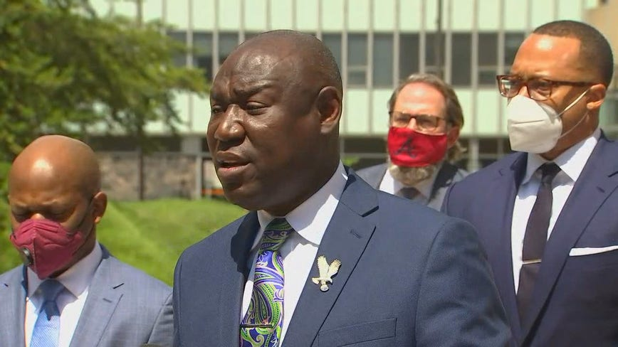 Attorney for family of George Floyd announces civil lawsuit against Minneapolis, MPD officers