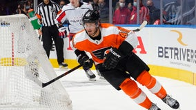 Laughton scores twice to lead Flyers past Capitals 3-1