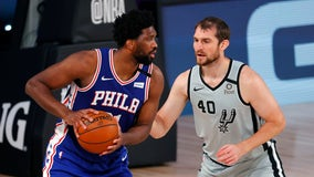 Milton's go-ahead 3-pointer helps 76ers edge Spurs 132-130