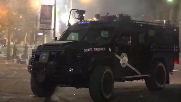 2 police officers shot amid protests in Louisville, 1 suspect in custody