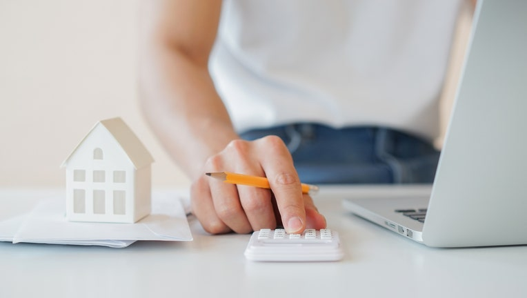 Credible-mortgage-prepayment-penalty-iStock-1211376954-1.jpg