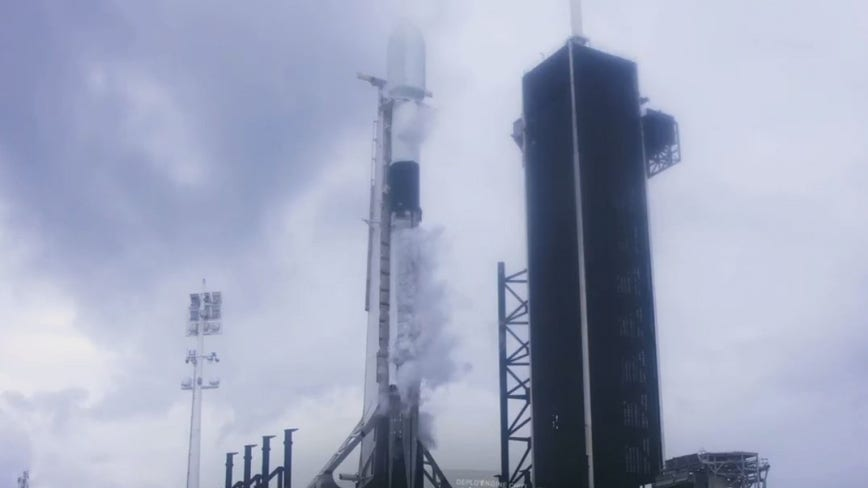 SpaceX scrubs launch of Starlink satellites on Monday