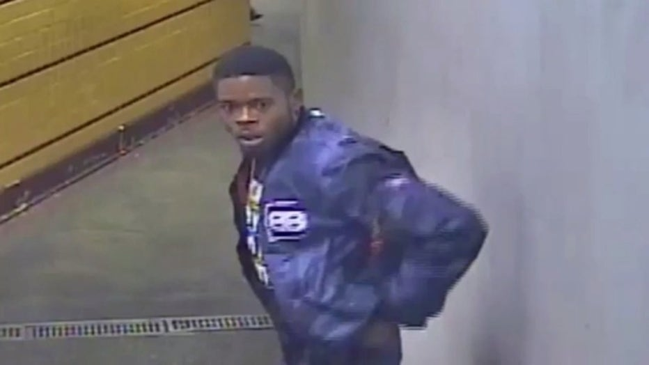 Suspect sought in South Philadelphia cell phone store robbery.