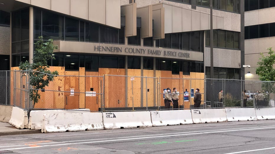 Hennepin-County-courthouse-security.jpg