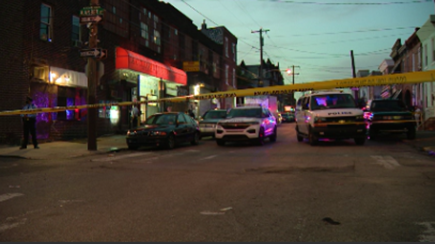 Police: Teen dies after being shot while walking to boxing gym