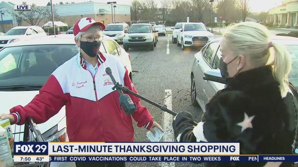 Shoppers pick up last minute items for their Thanksgiving feast
