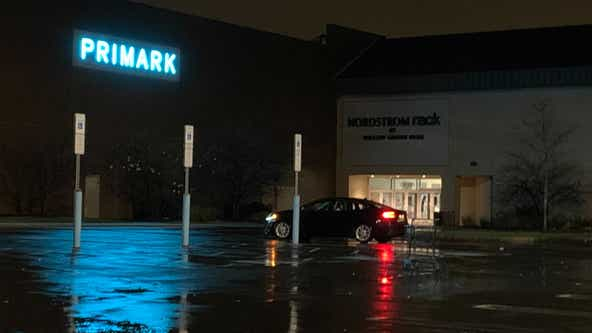 Police: Man wounded in shooting at Willow Grove Park Mall