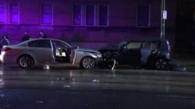 Philadelphia police officer injured following chase