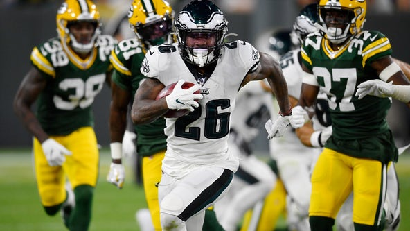 Eagles seek to end losing streak, boost playoff hopes at Green Bay
