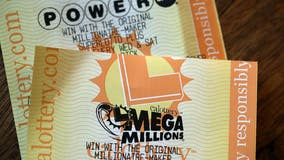 Mega Millions, Powerball combined jackpots rise to more than $1 billion