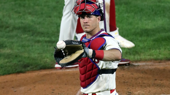 Reports: Phillies agree to multi-year deal with J.T. Realmuto