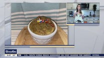 Sports nutritionist shows off her ideas for baked oats