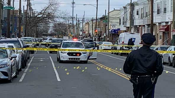 Police: Man injured after hail of gunfire erupts in South Philadelphia