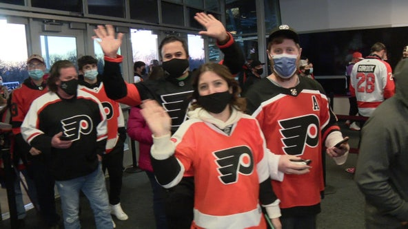 More than 3,000 fans return to Wells Fargo Center on Sunday