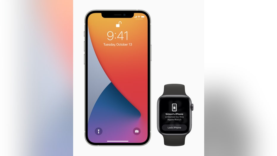 Apple_iOS-update-iphone12pro-watchseries6-unlocking-screen_042621.jpg