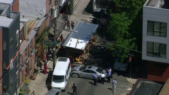 Car crashes into outdoor dining structure in Northern Liberties