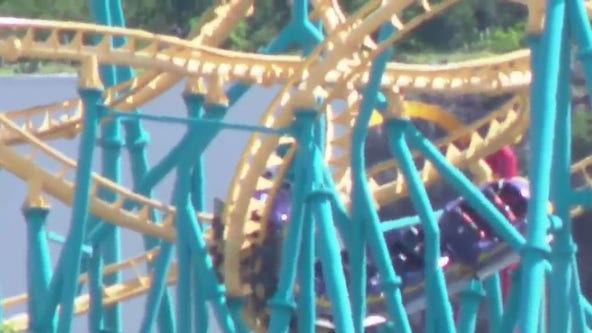 Texas Six Flags roller coaster stops mid-ride, 20 riders rescued