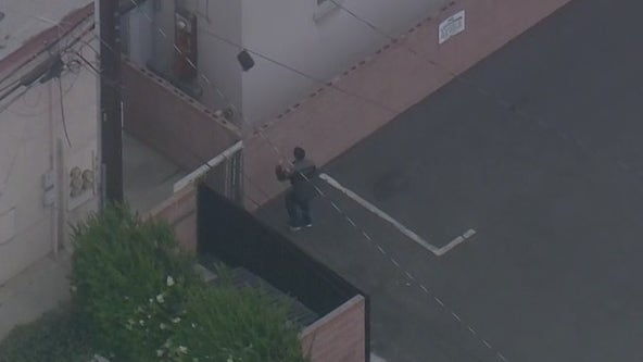Police searching for pursuit suspect in Bellflower