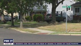 Parents in Marlton alarmed over man who approached teen girl as she exited a school bus