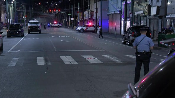 Officer opens fire on suspect who pointed gun at police in Frankford, police say