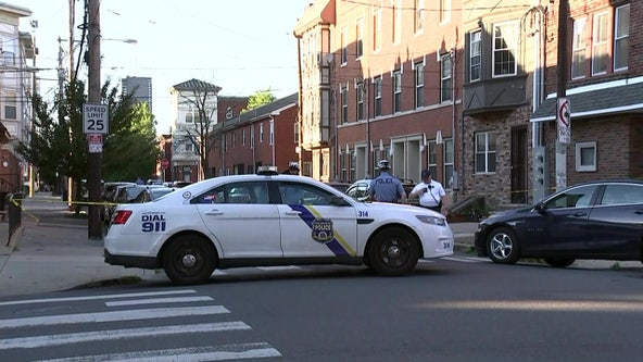 2 teens wounded in South Philadelphia shooting, police say