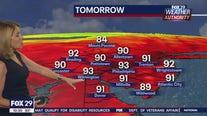 Weather Authority: 10 p.m. Monday update