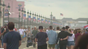 People flock to Ocean City for July 4th weekend