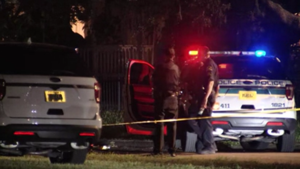 Mother found shot to death in car alongside her 2 unharmed, 'terrified' children, police say