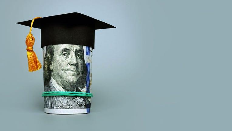 Credible-student-debt-iStock-1306117621.jpg