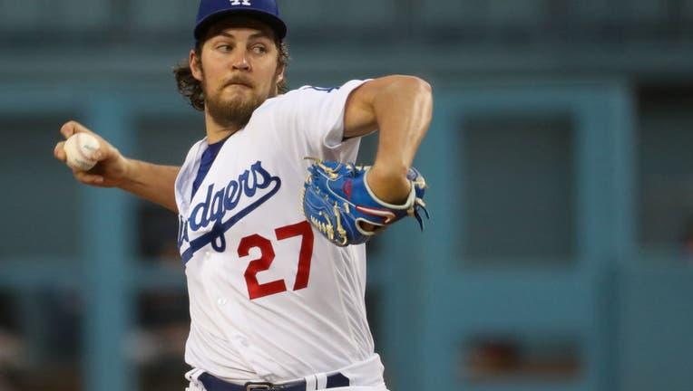 5cd02bf9-MLB: JUN 28 Giants at Dodgers