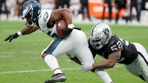 Struggling Eagles have ton of issues, but no QB controversy
