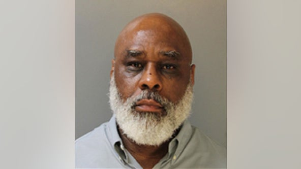 Veteran Philadelphia police officer charged following domestic violence investigation