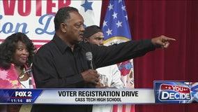 Jesse Jackson visits Detroit high school to encourage voting