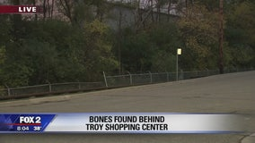 Human remains found near shopping plaza at Maple and Coolidge in Troy