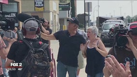 Wyandotte veteran's nonprofit surprised on Mike Rowe's 'Returning The Favor'