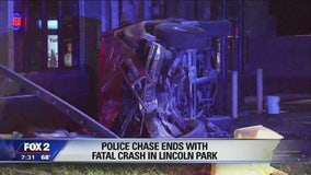 Police chase ends in crash in Lincoln Park, 1 dies