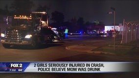 2 girls seriously injured in crash, police believe mom was intoxicated
