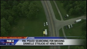 FBI, police agencies searching Hines Park in connection with Danielle Sislicki's disappearance
