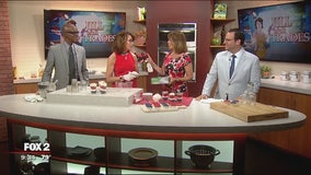 On the go cake: how to build cake in a jar or cup
