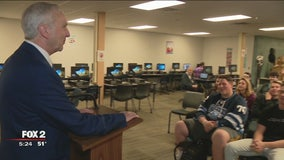 Rob Wolchek's scam school is in session for Luther North students