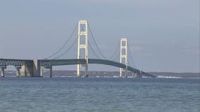 Michigan State Police investigating illegal climber on the Mackinac Bridge