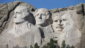 Michigan man fined $1,500 for climbing up Mt. Rushmore