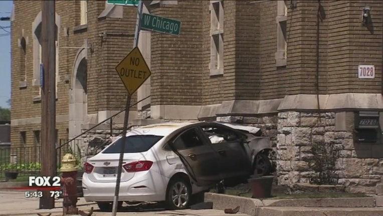 Car_crashes_into_church__bursts_into_fla_0_20180604222420