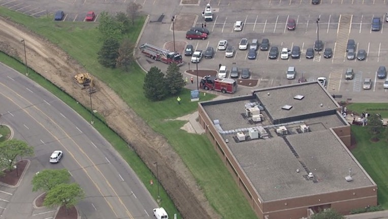 71122393-Dialysis center evacuated after gas leak near Henry Ford Hospital_1495639167587.jpg