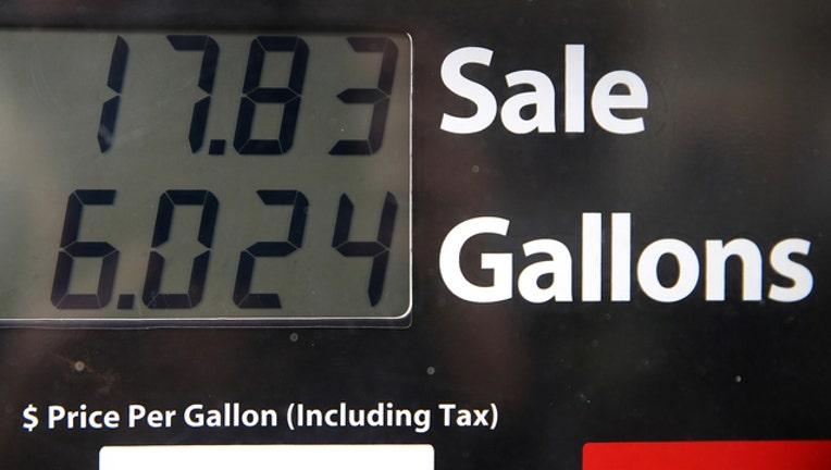 96a73d10-getty-gas pump-042219