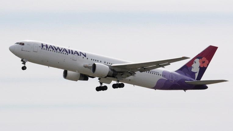 Hawaiian Airlines plane-408200