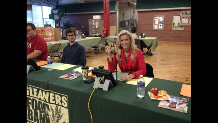 FOX 2's Amy Andrews at Gleaners on a Double Donation Day!