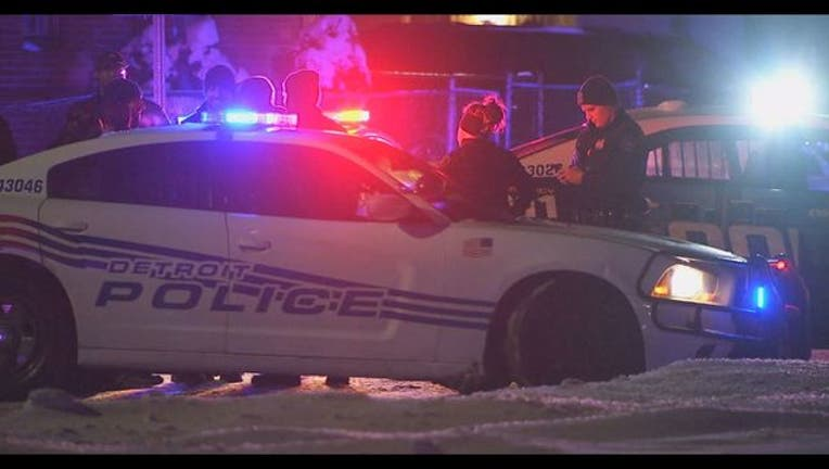 14be7cd8-2 women killed, Detroit officer shot in standoff with barricaded gunman
