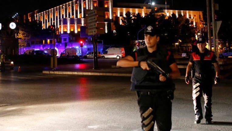 1fc085fc-Turkey-military-coup_1468616299055-407693.jpg
