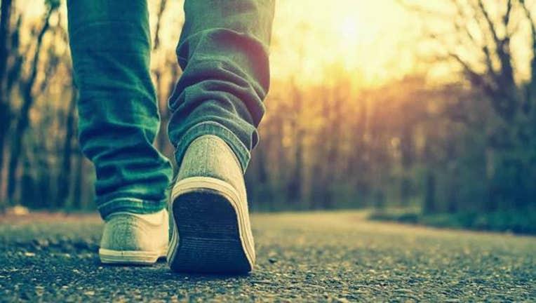 ebd6b16d-Walking_towards_awareness_0_20160608002046-400801